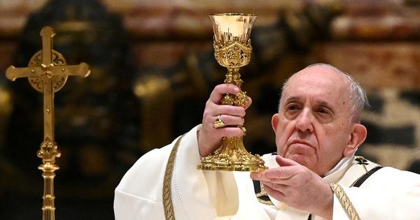 پاپ فرانسیس نمی تواند ریاست شب سال نو و سال نو 2021 را بر عهده داشته باشد.