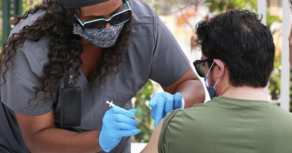 ایالات متحده آمریکا: تعداد مرگ های ناشی از COVID به لطف بسیاری از واکسن ها کمتر از 300 نفر است